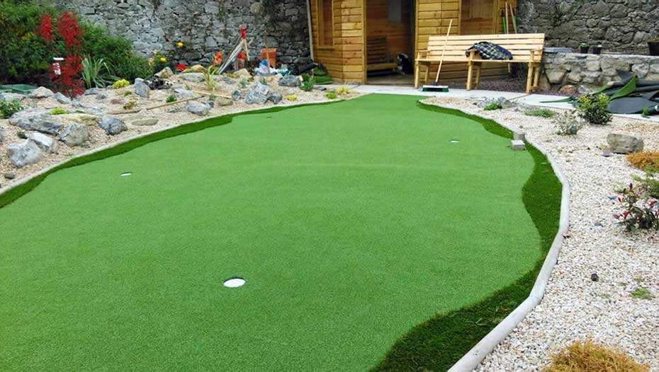 putting green at home
